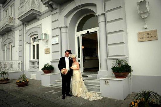 Vesuvio Roof Restaurant Sorrento: Sposi all'Hotel Mediterraneo