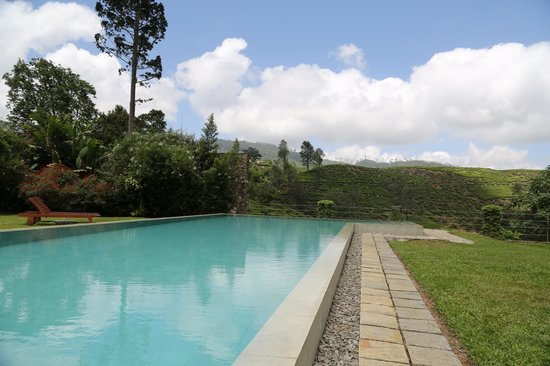 Ceylon Tea Trails - Relais & Chateaux: The pool