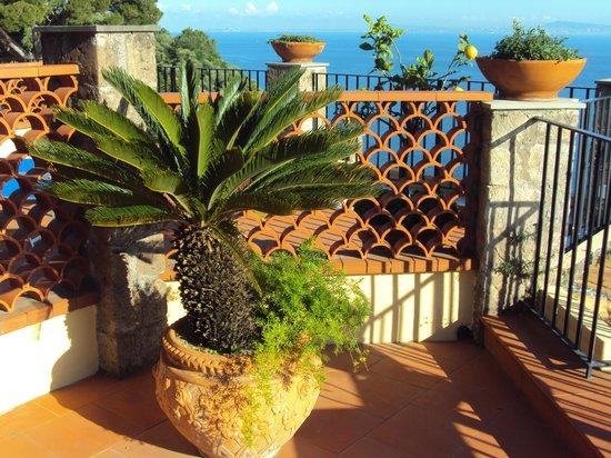 La Tonnarella : balcony