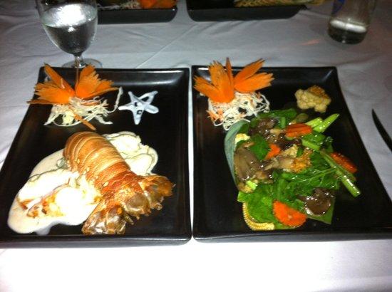 Zazen Restaurant: Le homard de Phuket au curry rouge! Un vrai délice!!!