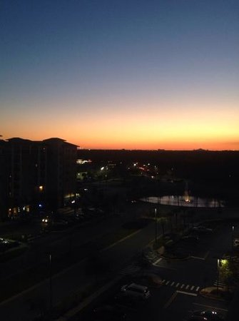 Lake Buena Vista Resort Village & Spa: sunset from floor 8, building 3