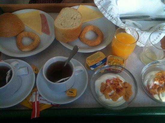 Agnanti : Πρωινο..