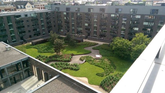 Charlottehaven: View of garden from penthouse bedroom deck.