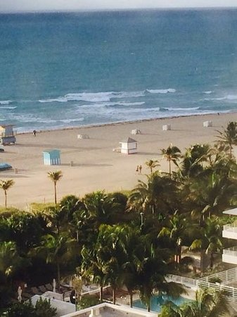 Loews Miami Beach Hotel: vista lateral desde la habitacion