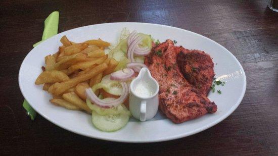 The Gaffe Pub: Tandoori chicken