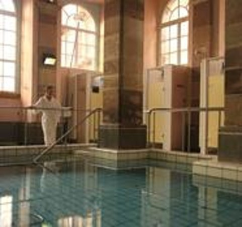 piscine aqua gym photo de caloda plombi res les bains tripadvisor. Black Bedroom Furniture Sets. Home Design Ideas