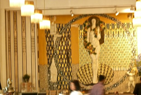 Hotel Wiesler Graz: the Klimt dining room