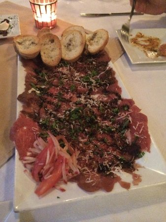 Casa Picasso: The large serving of beef carpaccio!