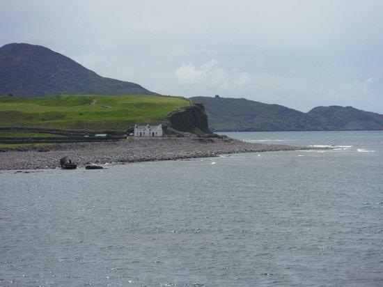 O'Brien Coach Tours: shoreline