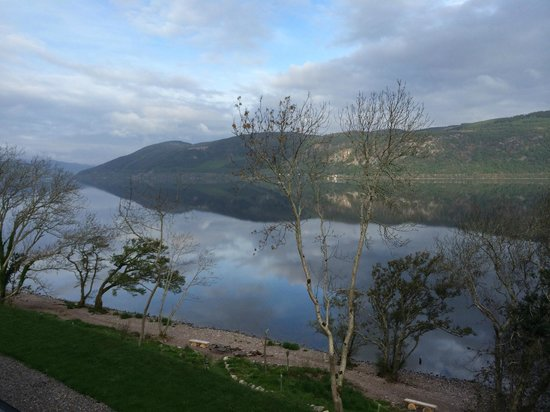 Balachladaich Loch Ness B&B : Morning view of Loch Ness from the room balcony, facing SW.