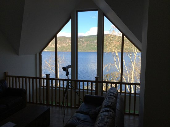 Balachladaich Loch Ness B&B : View from the guest lounge, overlooking Loch Ness