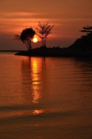 Century Langkasuka Resort : Wonderful sunset