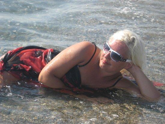Hotel Drop: Море чистое..