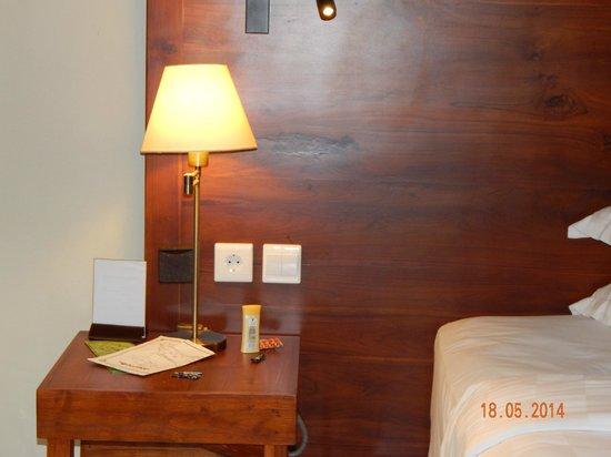 Rama Beach Resort and Villas : Room
