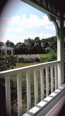 Rabbit Creek Inn Bed and Breakfast: View from the Gazebo