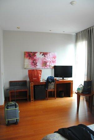 Silken Reino de Aragon Hotel: Hab. 406