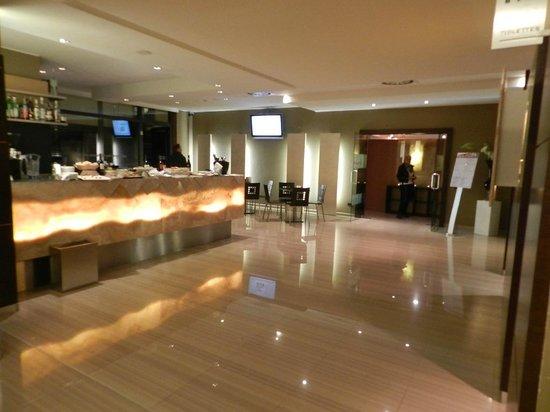 Winter Garden Hotel: Hall de entrada