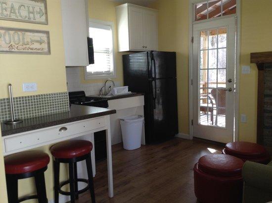 Wild Acres RV Resort and Campground: Nice kitchen