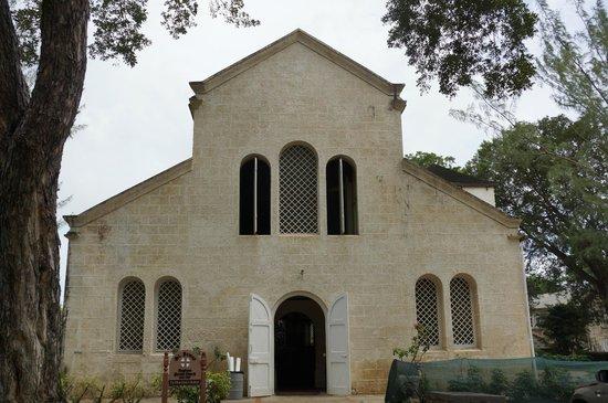 St. James Parish Church: St James