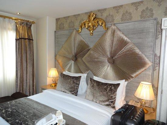 Katelya Hotel : Quarto