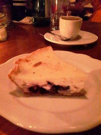 The Little Owl: Little Owl: Blueberry Cheese Pie