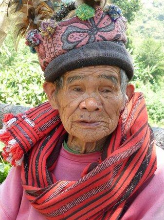 Halfway Lodge: Oude Ifugao man