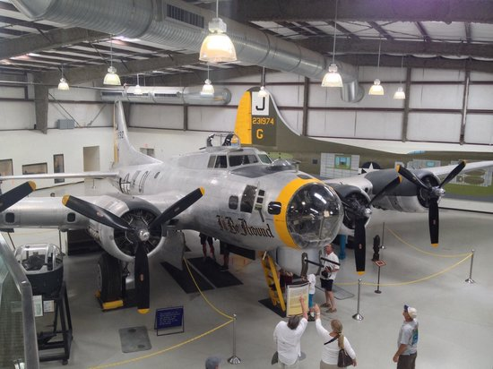 Pima Air & Space Museum: Just beautiful.