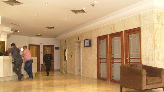 Hotel Le Pacha: LOBBY