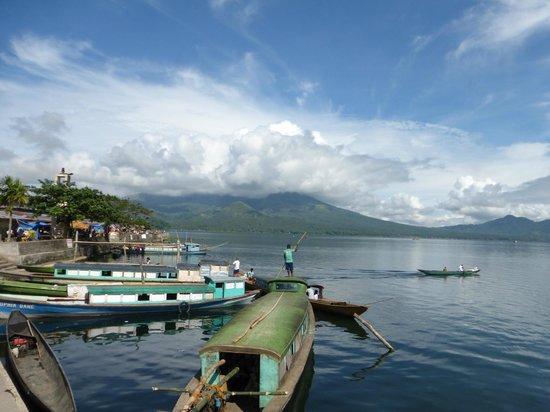 Buhi trAncient's Home: Lake Buhi
