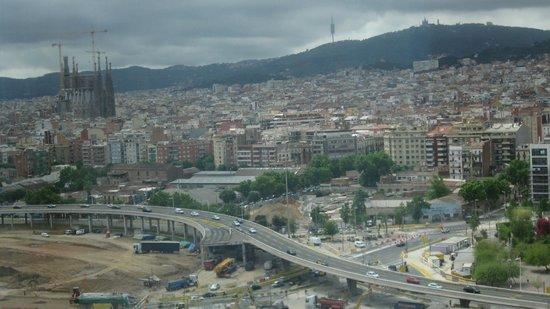 Novotel Barcelona City: Vue de la chambre vers la Familia Sagrada