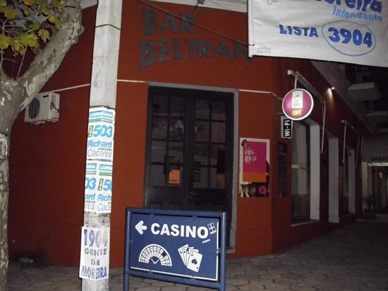 Hotel Beltran: afuera