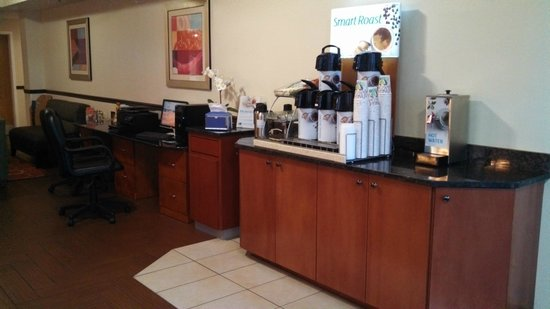 Holiday Inn Express Port Charlotte: Breakfast area