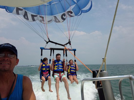 Eagle Parasail: They were all smiles!