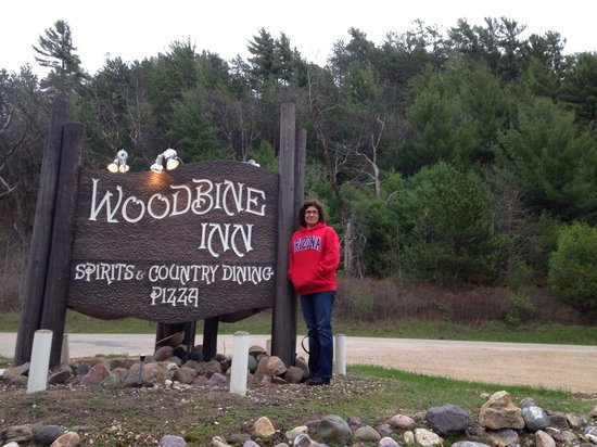 Woodbine Inn: Brad & Christina from Tucson, AZ