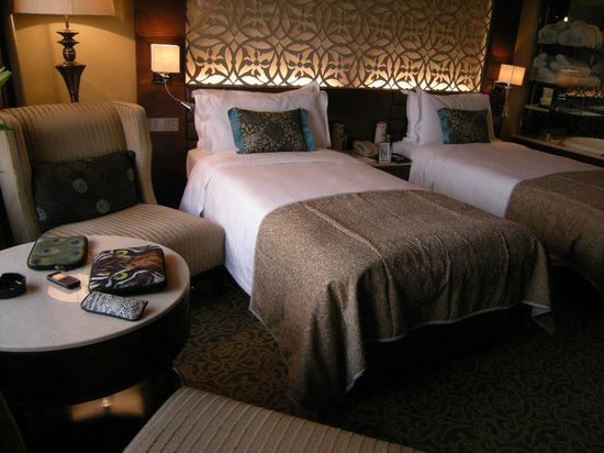 Taj Diplomatic Enclave, New Delhi : Room