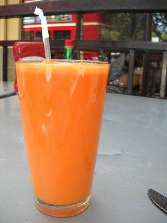 Crepeville: Fresh Carrot/Orange Juice