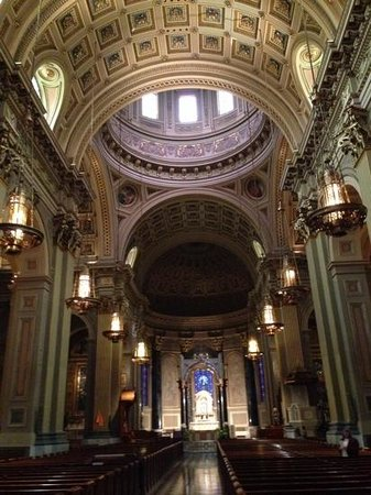 Cathedral Basilica of Saints Peter and Paul : catedral