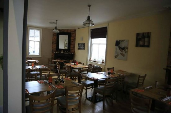 The Red Lion: dining