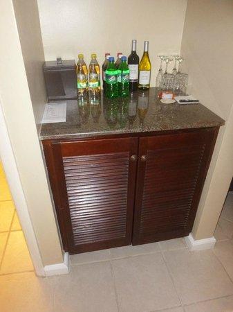 Beaches Ocho Rios Resort & Golf Club: Bar/refrigerator area in concierge room