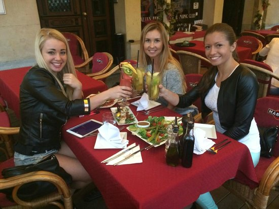 Novocaina Restaurant: Początek kolacji z Anastazją Sokołową.