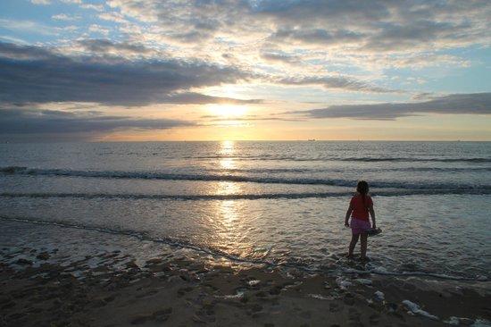 Plage de Calais : coucher de soleil 2