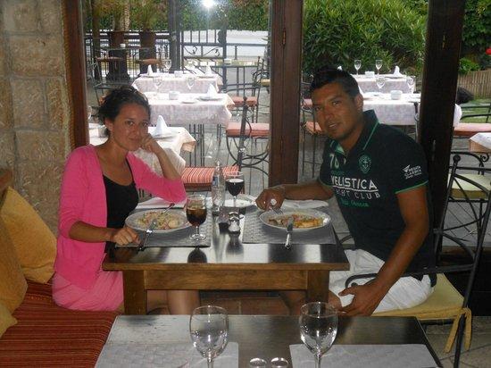 Hotel Tropicana: diner au restaurant