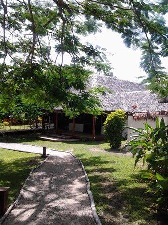 Oyster Island Resort: Nakamal
