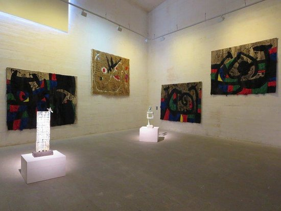 Pilar and Joan Miro Foundation in Mallorca : The rug gallery