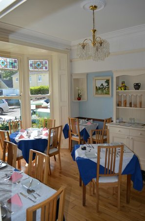 Glenholme Apartments: Breakfast room