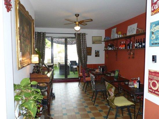 La Posada del Castillo B&B : Salon y terraza