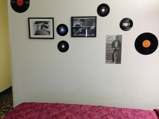 Happy Days Hotel: James Dean Room