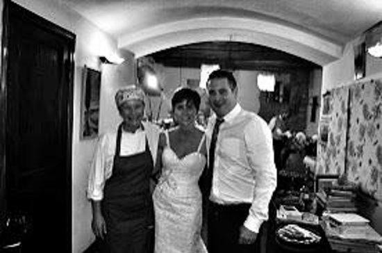 Osteria la Botte Vagliagli: Laura, myself and my new hubby