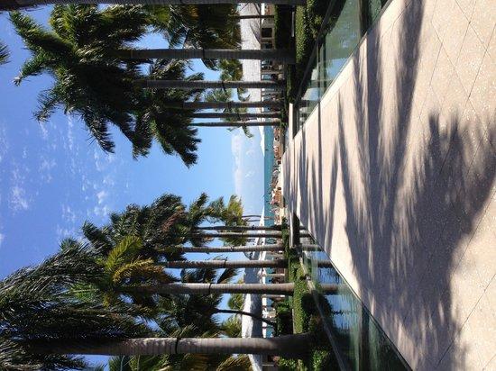 Casa Marina, A Waldorf Astoria Resort : Pretty, but needs an overhaul on policies. (Quickly!)