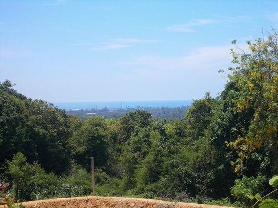 Songkhla Zoo: view of the Gulf of Thailand from the zoo